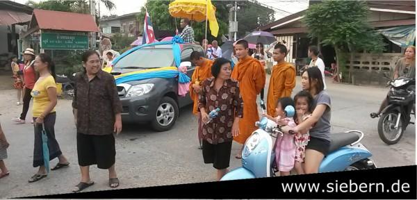 Motorroller fahren in Thailand